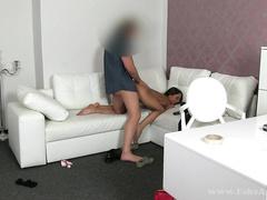 Русская тёлка дает раком на чешском порно кастинге