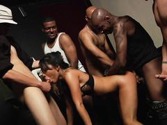 Межрассовое групповое порно с Asa Akira